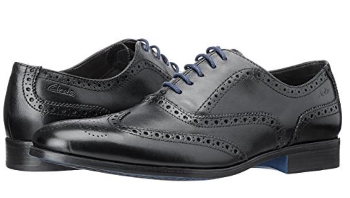 Zapatos negros con cordones Clarks